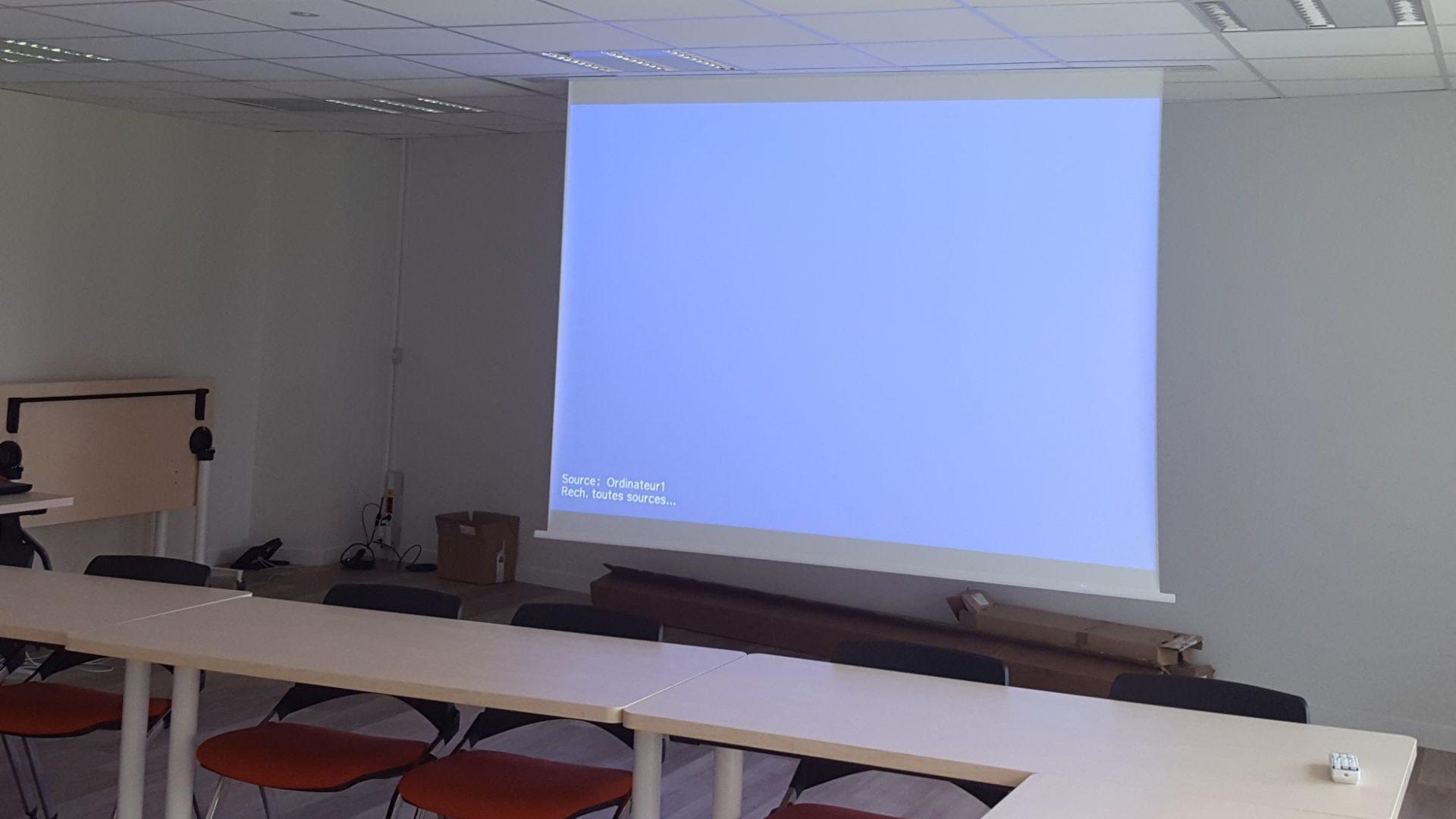 écran déroulant solution video audio visuelle